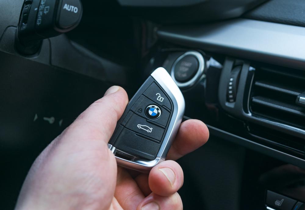 bmw autónyitás
